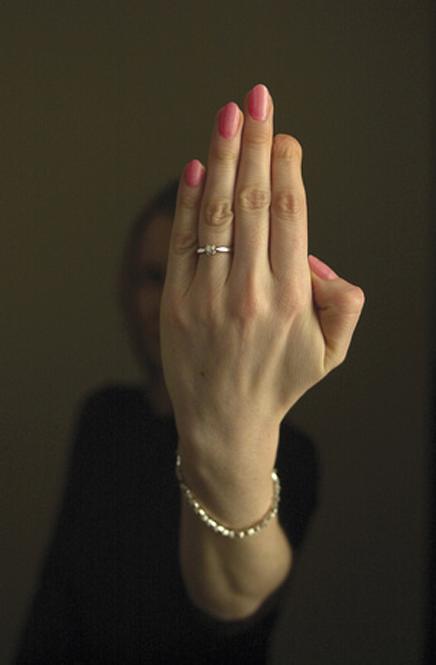 Doors do not discriminate by age! Caroline a school teacher suffered a finger injury at work. & Door Finger Injury | www.safetyassured.com pezcame.com